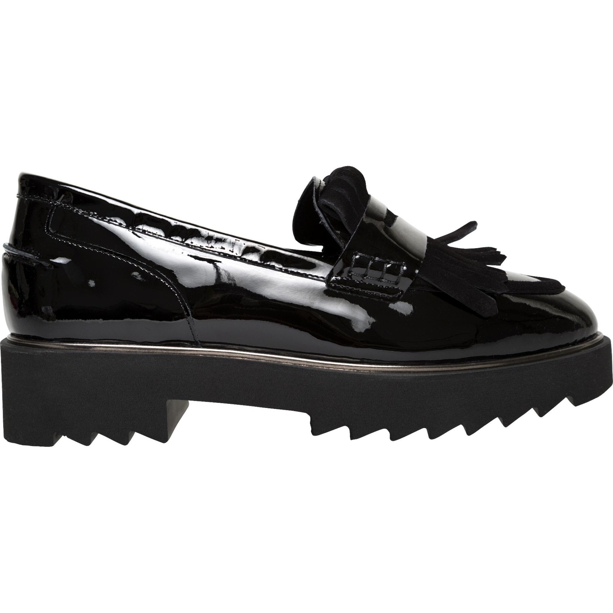 Slippers in Lackleder mit breiter Profilsohle-0