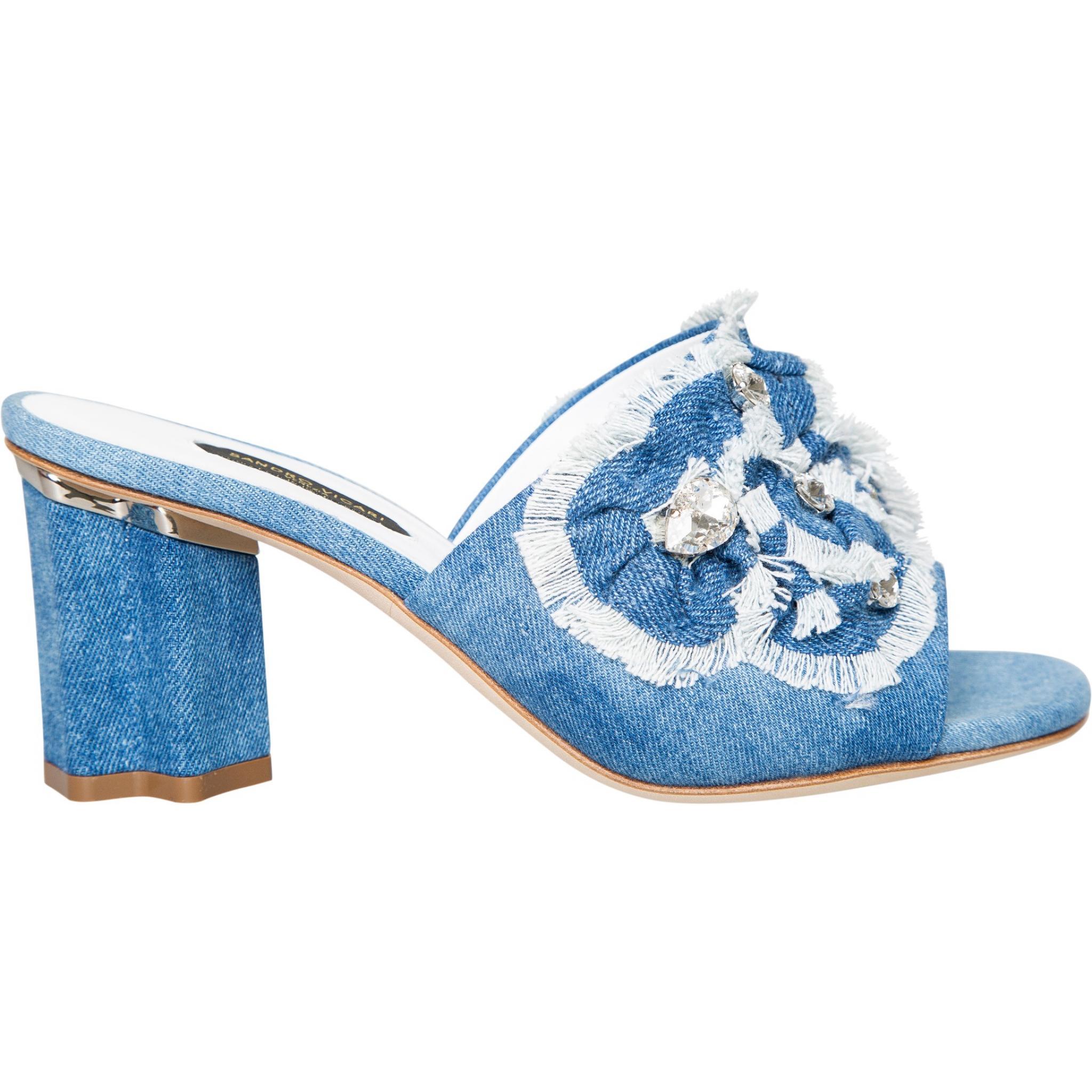 Sandalen in Jeans mit Schmucksteinzier und breitem Absatz-0