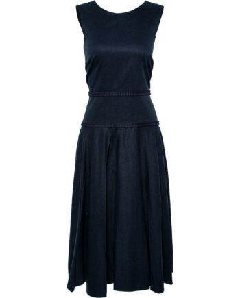 Kniebedeckendes, tailliertes Kleid mit leicht ausgestelltem Rockteil-0
