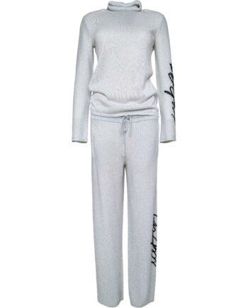 Gestrickter Jogg-Suit aus Rolllkragenpullover und Pants mit Logo-Detail-0