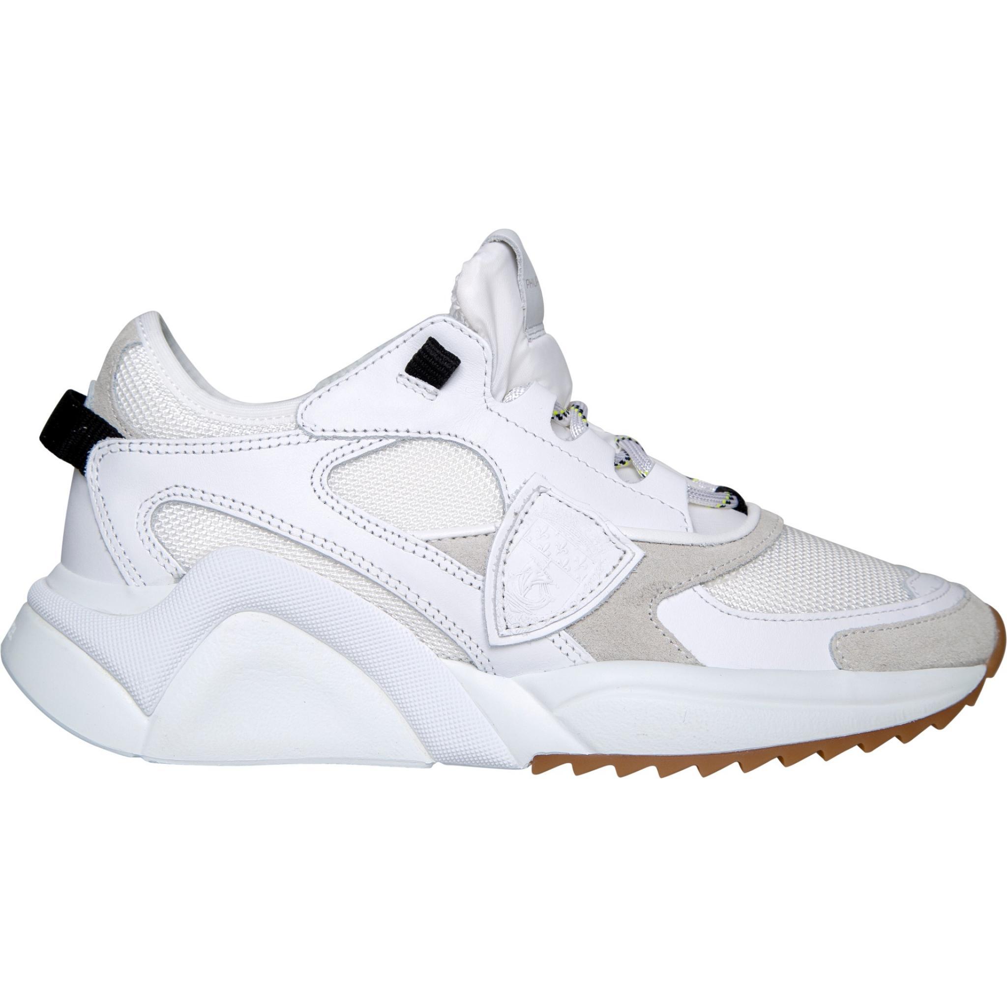 Monochrome Sneakers im Materialmix mit Profilsohle-0